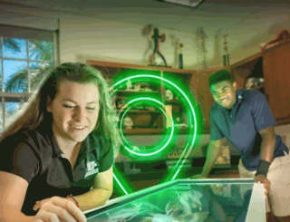 pinecrest.edu screenshot