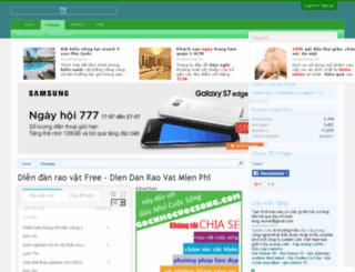 revuemultitudes.com screenshot