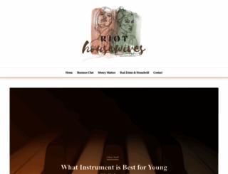 riothousewives.com screenshot