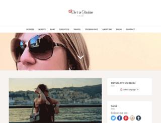shesinfashionblog.com screenshot