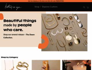 shop.betsyandiya.com screenshot