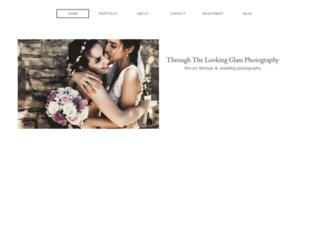 throughthelookingglass-photography.com screenshot