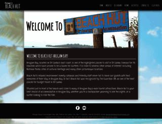 arugambaybeachhut.com screenshot