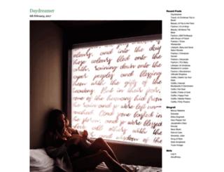 girlinthelens.com screenshot