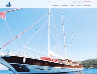 holidayyachts.com screenshot