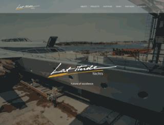 latitude-yachts.com screenshot
