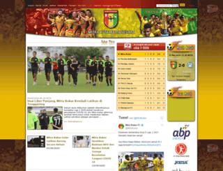 mitrakukar.com screenshot