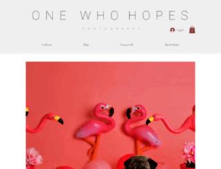 onewhohopesphotography.com screenshot