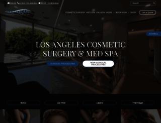 youniquecosmeticsurgery.com screenshot